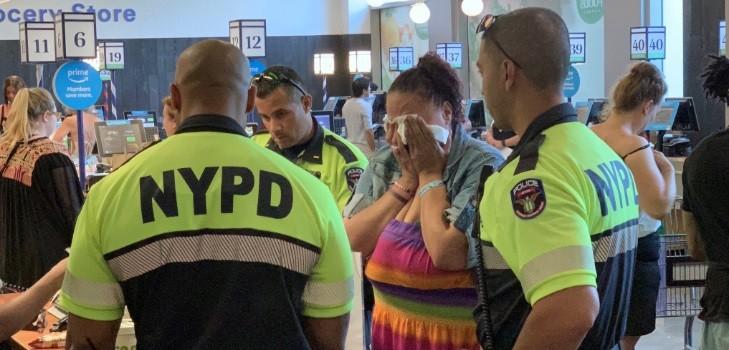 noble gesto de policía