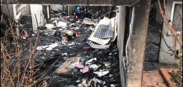 incendio destruye casa que dueña dejó encargada a su hermano por vacaciones