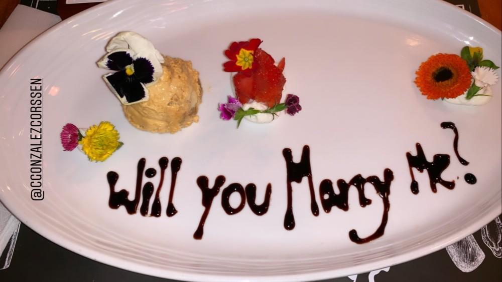 Trinidad de la Noi se comprometió en matrimonio