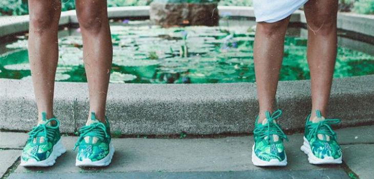 Versace convierte vestido de JLo en zapatillas
