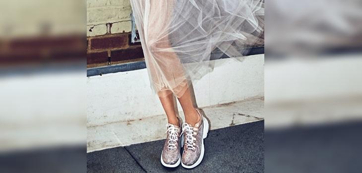 Sneakers: Las zapatillas de moda que combinan con todo tipo de prendas