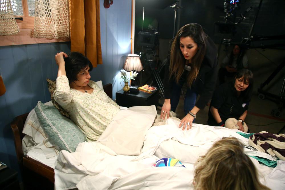 Así se grabó la escena del parto de Angelina