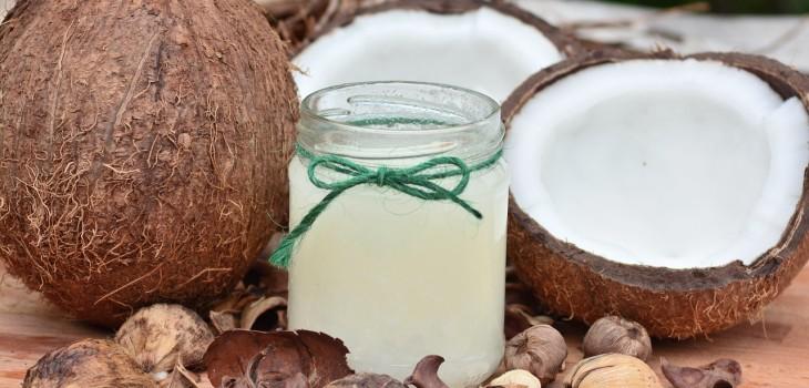 ¿El aceite de coco es tan saludable como parece? Expertos despejan dudas