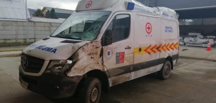 Joven en estado de ebriedad roba ambulancia en hospital de cunco