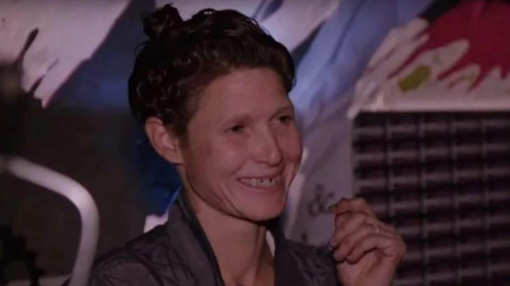 actriz porno es encontrada en los tuneles de las vegas