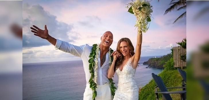Esposa de La Roca comparte inéditas fotos del matrimonio: sus hijas se robaron todas las miradas