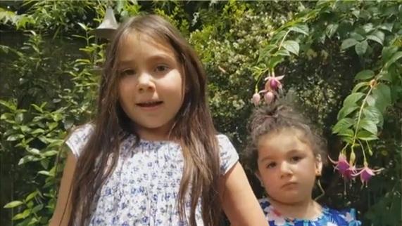 Niña de 6 años creo dispositivo auditivo para su hermana de 3