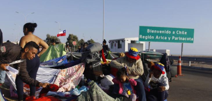 Gobierno permitirá ingreso a Chile de venezolanos sin visa o pasaporte para