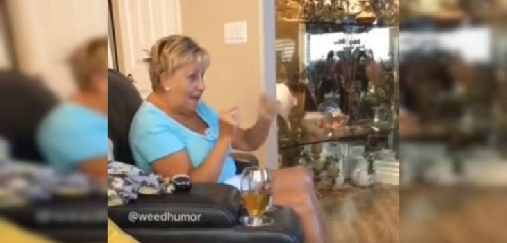 abuela se comio queques magicos de su nieta