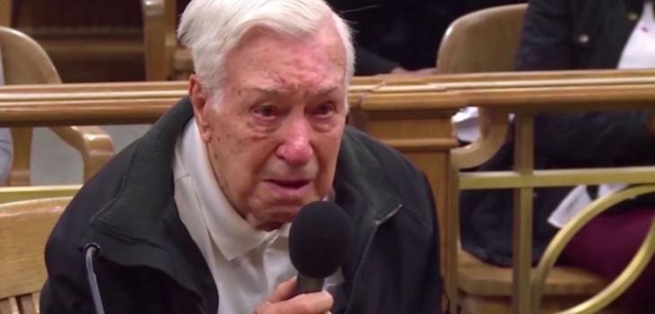 hombre de 96 años es juzgado por conducir a exceso de velocidad