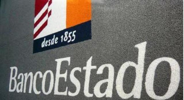 Usuarios molestos ante caída de sistema de Banco Estado