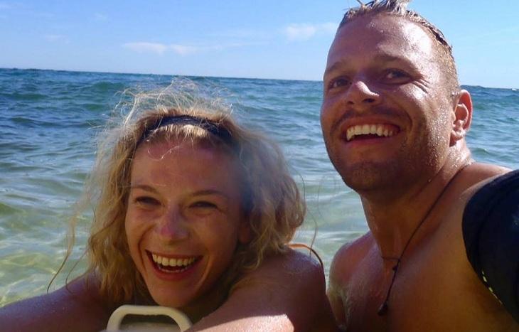kristi kelly junto a su novio daniel sirovich