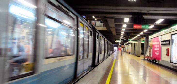 Hombre es encarado en metro tras abusar de dos pasajeras