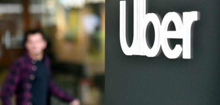 Mujer acusa de abuso sexual a conductor de Uber y que no pudo denunciarlo en el sistema de la app