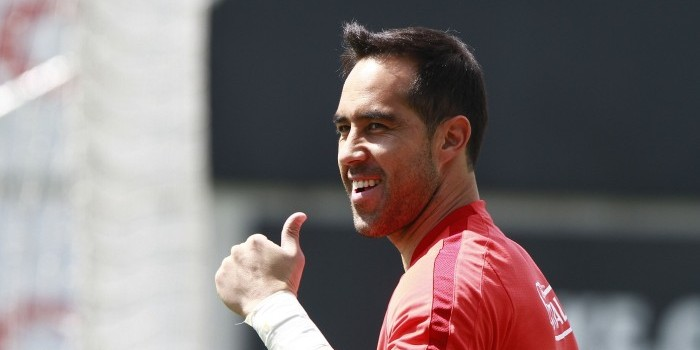 Claudio Bravo regresa a la Roja