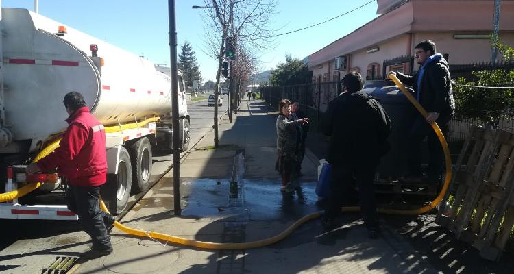 Reestablecen agua potable en Chiguayante