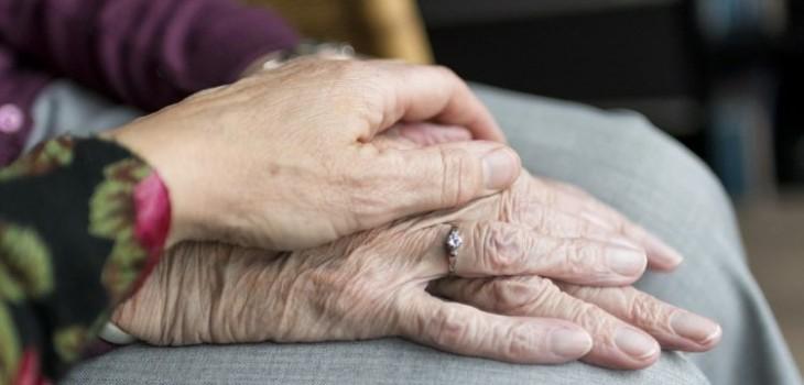 Pareja de ancianos en Viña del Mar sorprendió a asaltantes robando su hogar
