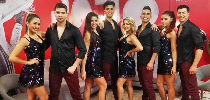 staff de bailarines profesionales del gran rojo