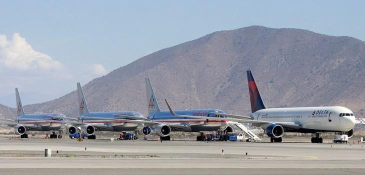 Sernac realizará demanda colectiva a American Airlines por no pago de tasas de embarque pese a cancelación de vuelos
