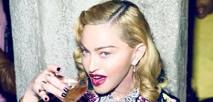 Madonna y orinoterapia