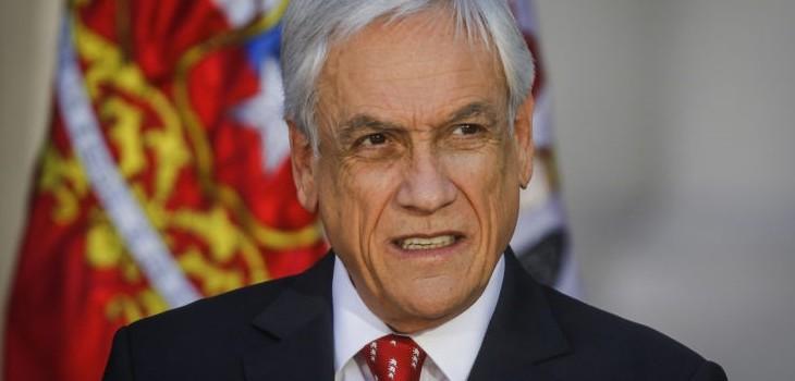 Piñera afirmó que trabaja en cambios a Constitución: Tienen que ser más profundos de lo que pensaba