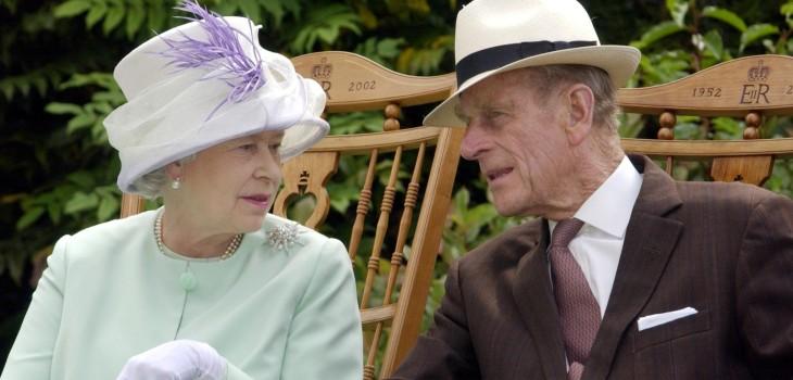 Príncipe Felipe fue dado de alta tras cuatro días en el hospital
