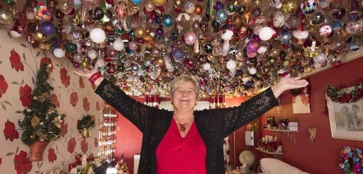 Mujer de 77 años se corona como la fan n°1 de la Navidad: ha gastado más de 15 millones en adornos