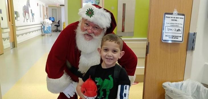 Niño de 6 años pide tarjetas de navidad para decorar su habitación en el hospital