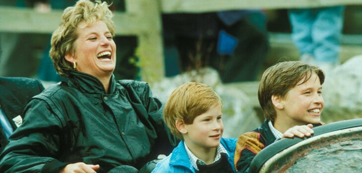 Diana de Gales junto a Príncipe William y Harry