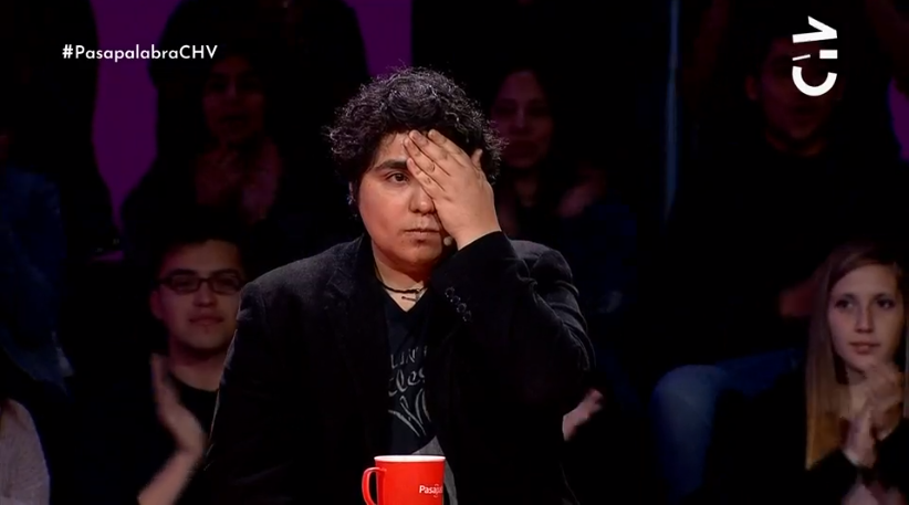 """Jugador de """"Pasapalabra"""" realizó protesta simbólica por daños oculares provocados en manifestaciones"""