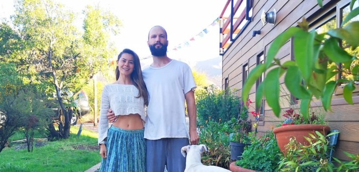 Marita García se irá de viaje con esposo por yoga