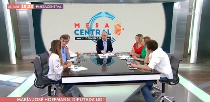 mesa central de canal 13