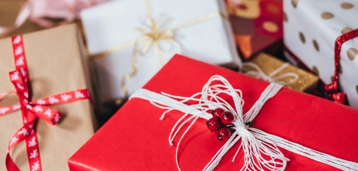 A pocos días de Navidad: consejos que te ayudarán a realizar compras y regalos de forma consciente