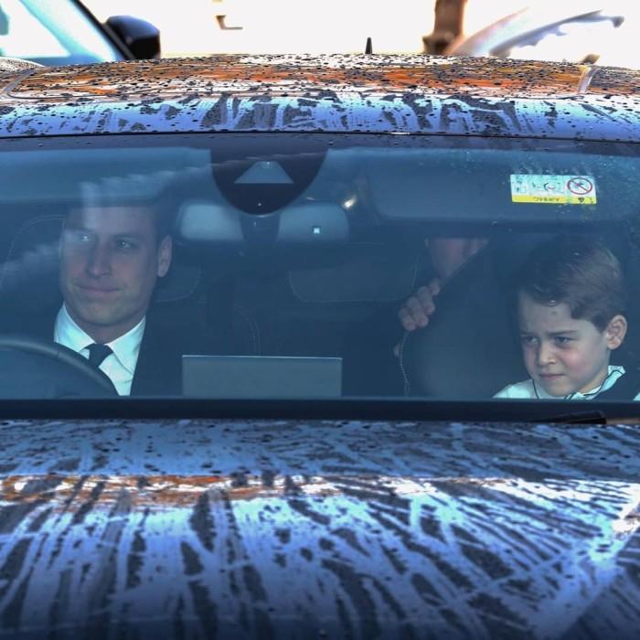 George viajó en el asiento delantero con el príncipe William