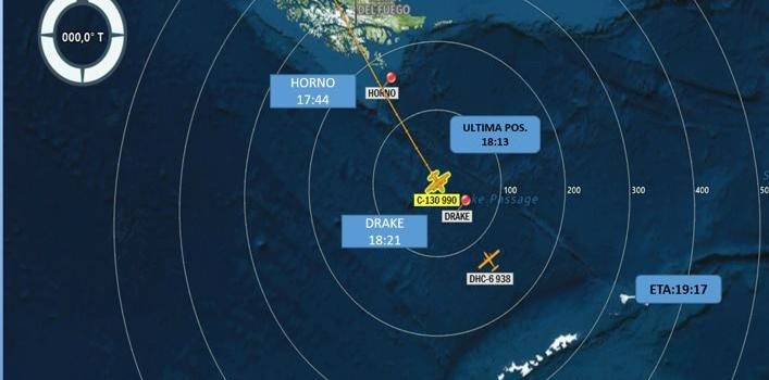 Reportan que avión Hércules de la FACH con 38 personas a bordo está desaparecido en la Antártica