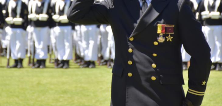 Suprema ordena reintegrar a teniente de la Armada expulsado por relación con esposa de un camarada