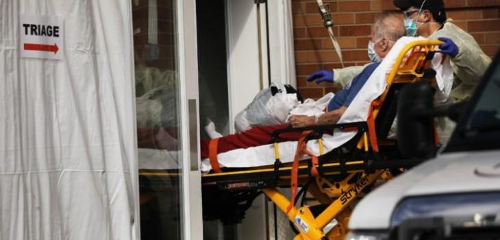 EE.UU. registra el peor balance diario de COVID-19 con 2.228 muertos en 24 horas
