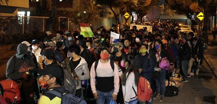 bolivianos regresan a su país