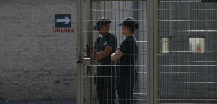 caso de coronavirus en cárcel de mujeres