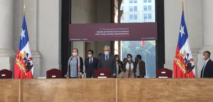 En qué consiste el proyecto de ayuda para los trabajadores a honorarios anunciado por Piñera