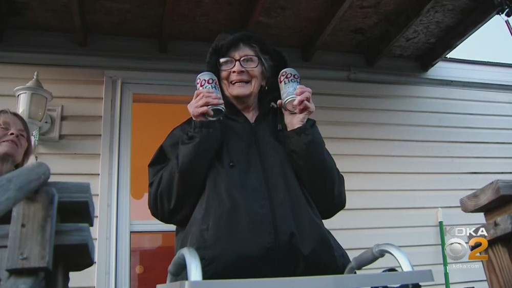 Mujer de 93 años sorprende a todos por su especial pedido durante cuarentena
