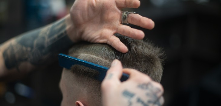Cómo cortar el pelo en casa