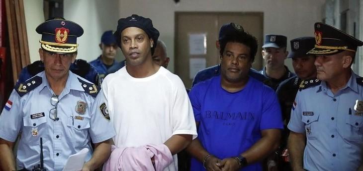 Ronaldinho rompe el silencio tras estar preso