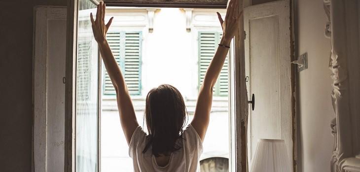 Abrir ventanas, ventilar hogar