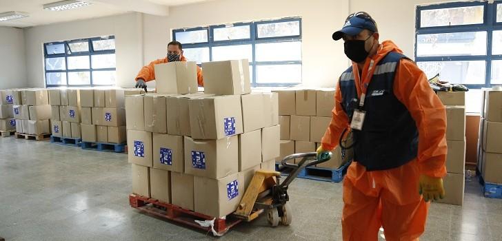 Gobierno entrega de cajas