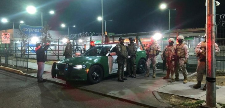 Detienen a nueve personas tras masivo intento de saqueo a supermercado en Maipú