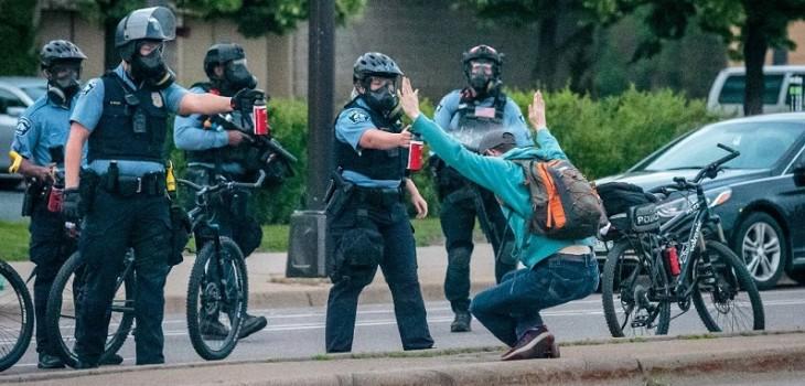 Minneapolis decide desmantelar y reconstruir su policía tras muerte de George Floyd