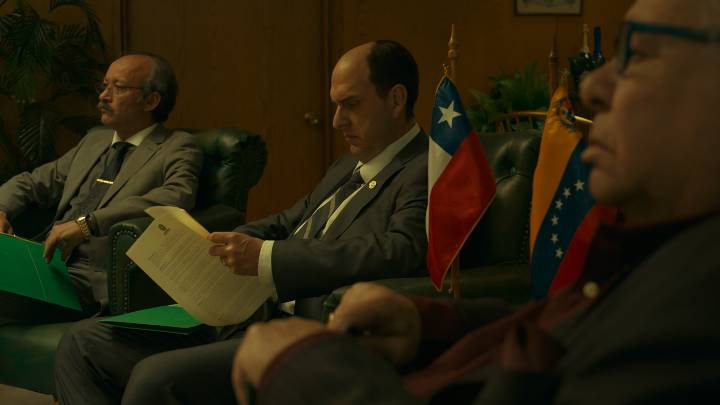 Las dudas que dejaron varias escenas de la serie de Amazon 'El Presidente'