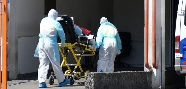 Creador de 'Covid19-Projections' asegura que Chile llegaría hasta 300 muertes diarias en 30 días