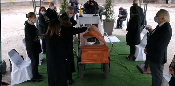 primo de Piñera y criticada respuesta por número de asistentes a funeral